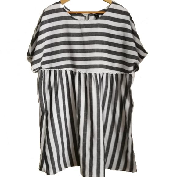 SHEIN Black & White Stripped Tunic, size 1XL